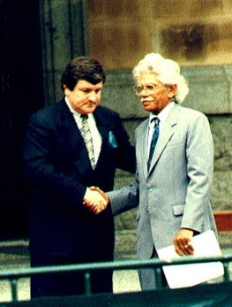 Neville Bonner (right) with Brisbane Lord Mayor Jim Soorley, World Environment Day, 5 June 1995, Brisbane City Council image, BCC-C35-95119629.